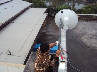 instalasi-wireless-ptp-gunung-putri-08